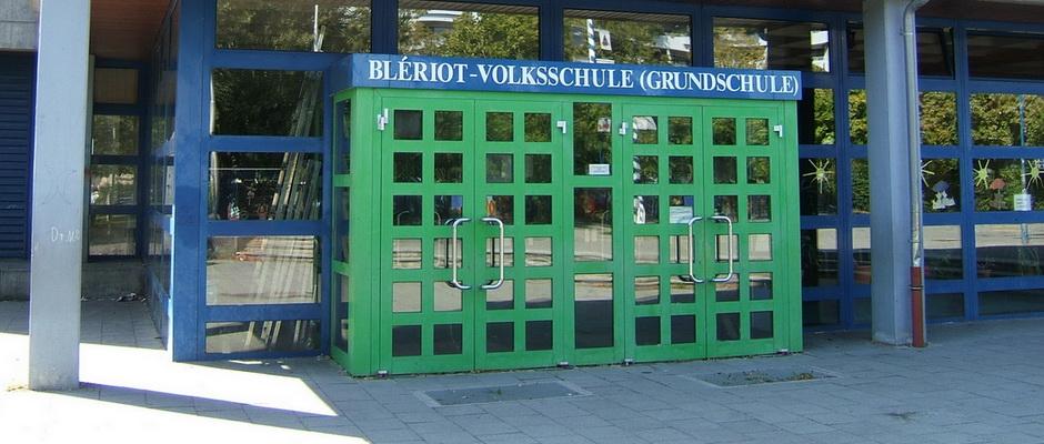 Bleriot Schule im Univiertel (Alter Flugplatz) Augsburg